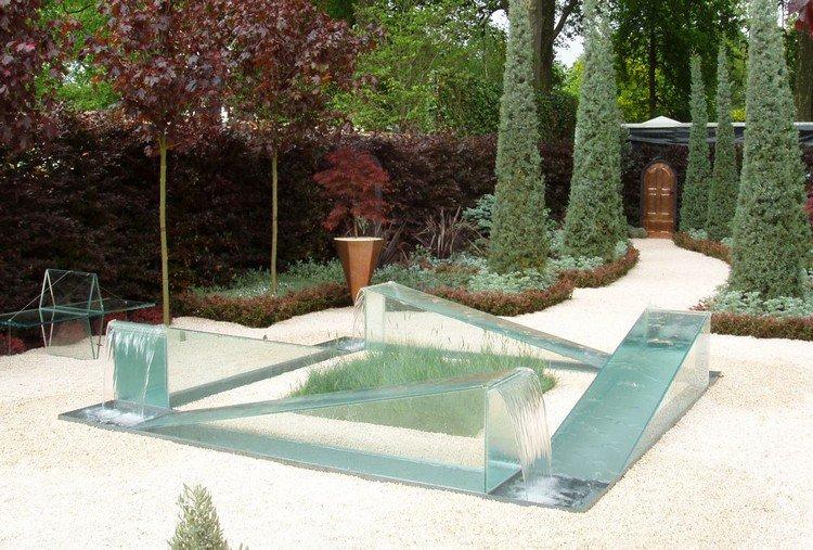 fontaine exterieure de jardin