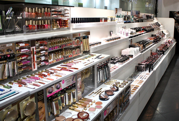 magasin de maquillage