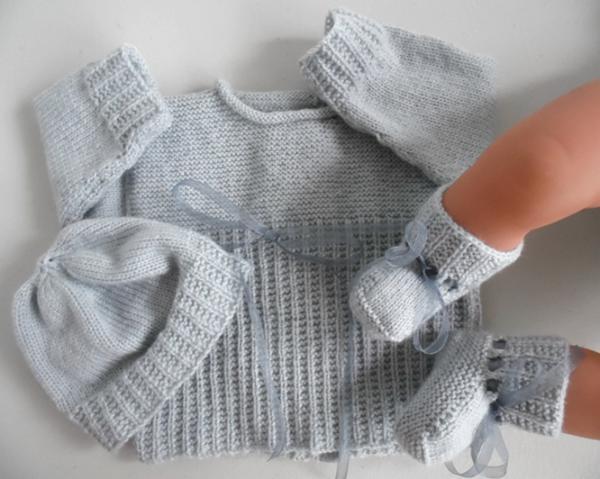 brassière laine bébé naissance